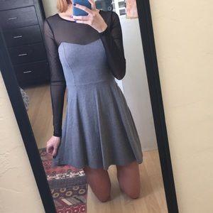🌼3/$10 Forever 21 Mesh Sleeve Skater Dress